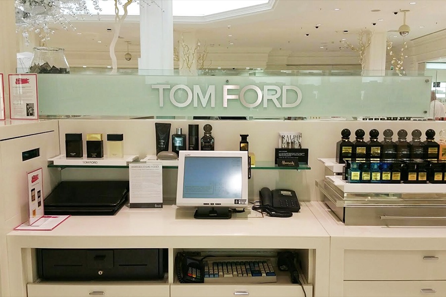Corporate Retail Signage, Harrods - Tomford counter